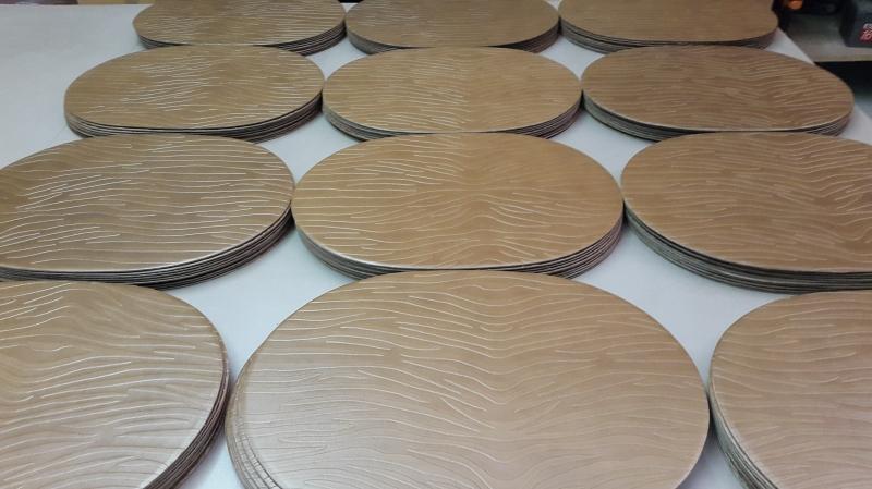 Sets de table en cuir imprimé façon lagon