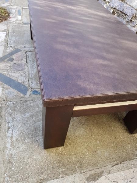 Gainage-table basse-en-cuir vieilli